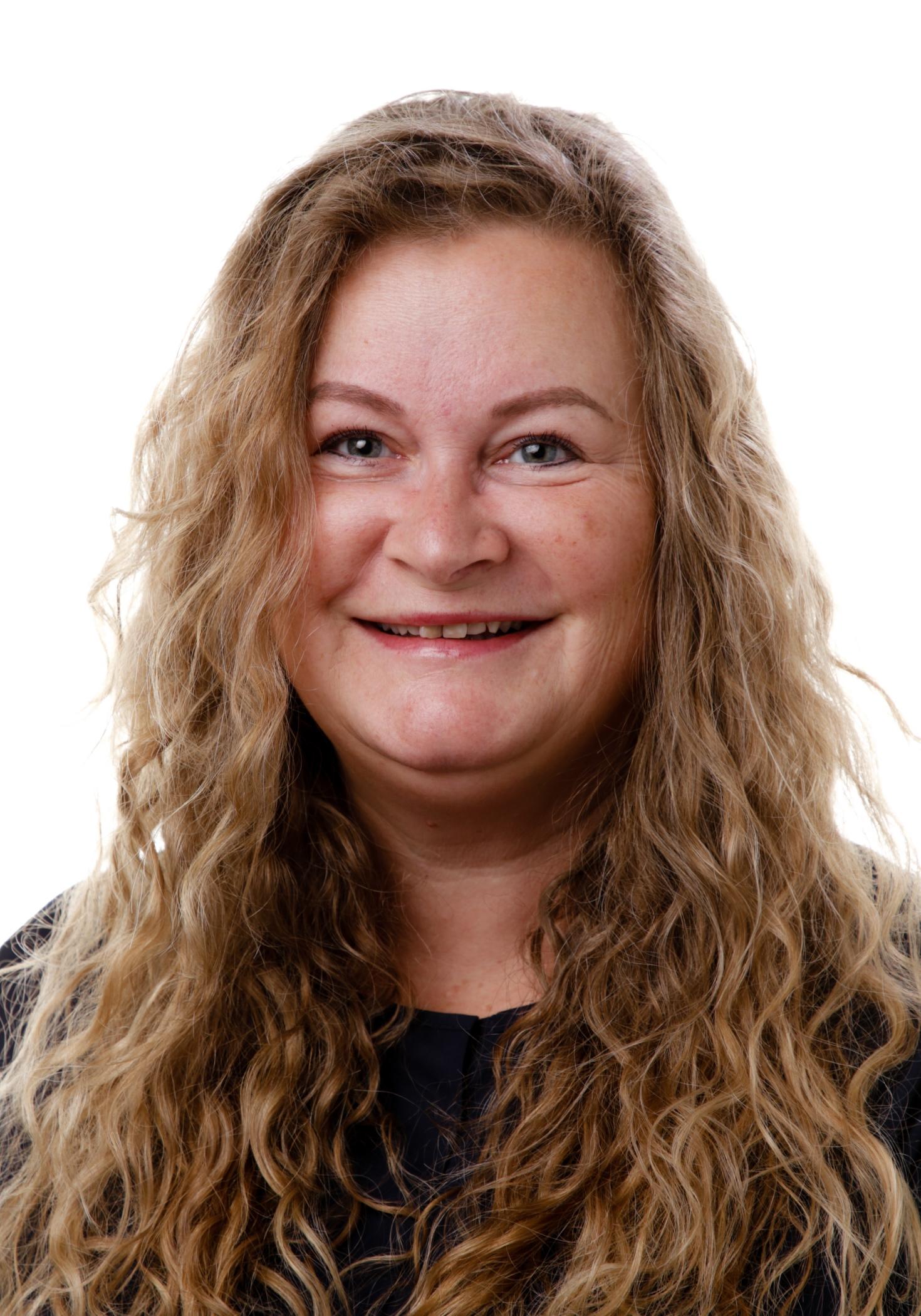 Lærer, Guri Almåsbakk