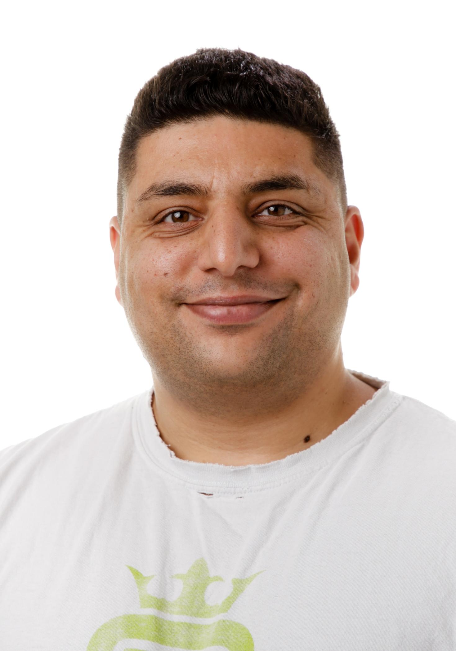 Ungdomspædagog, Navid Ghobishi